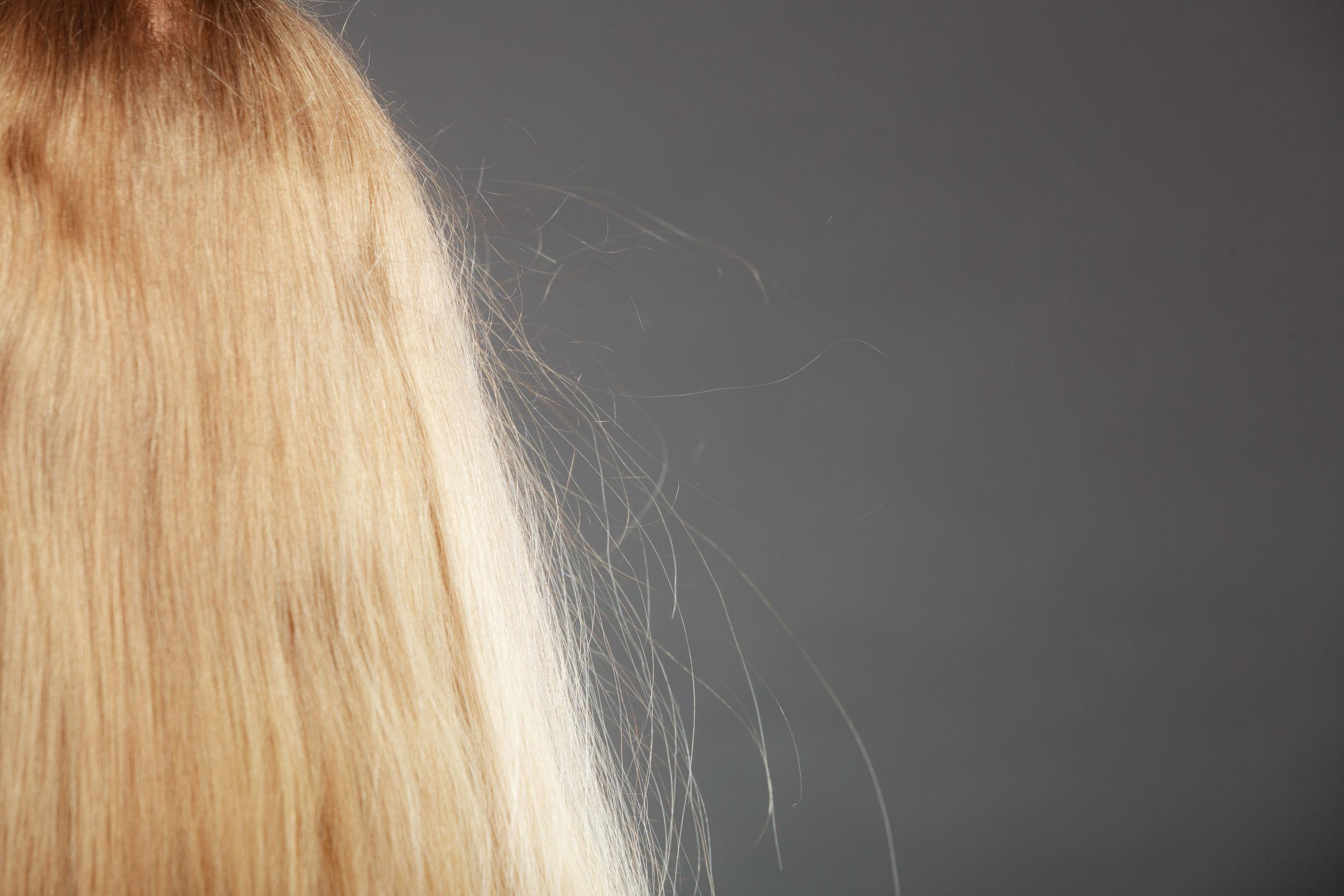 Elektryzowanie się włosów - sposoby