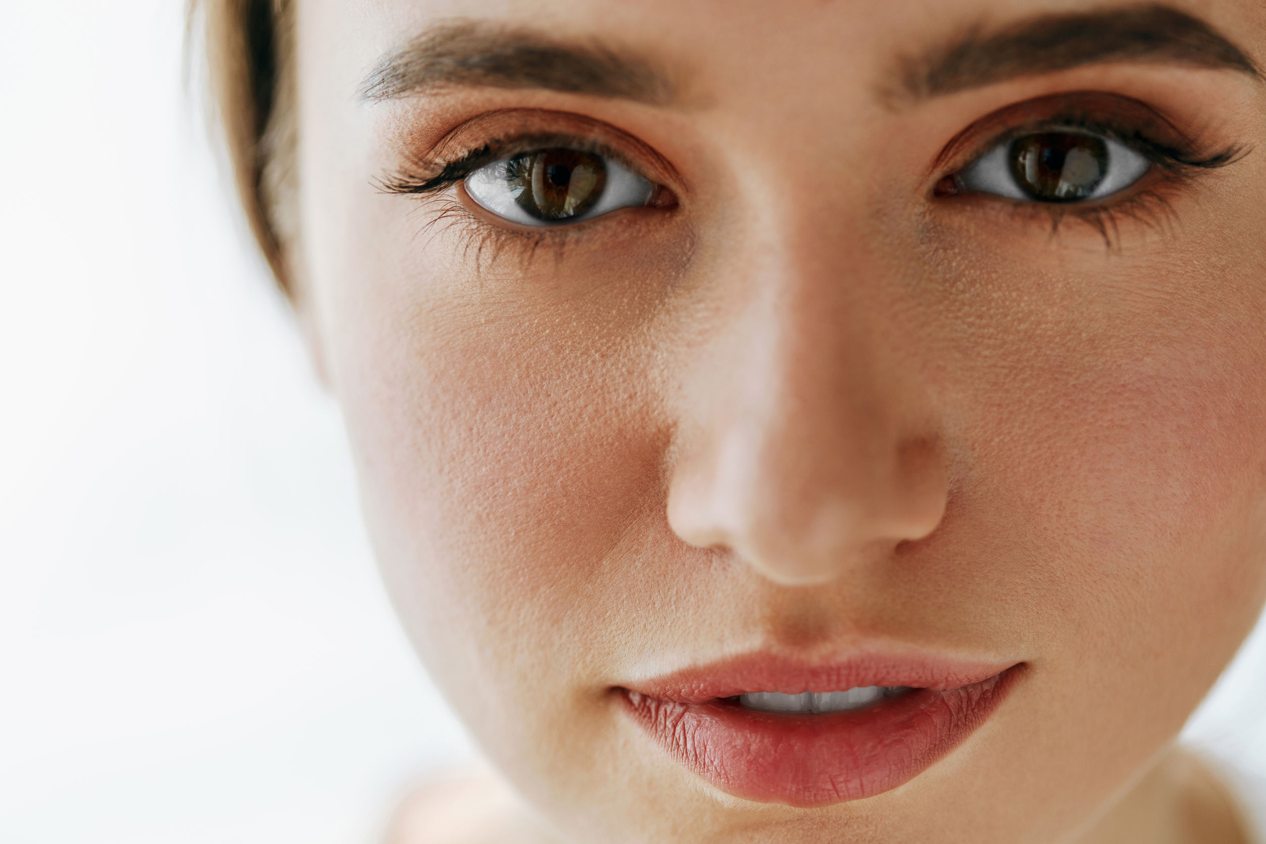 Jak pozbyć się zmarszczek na czole i pod oczami