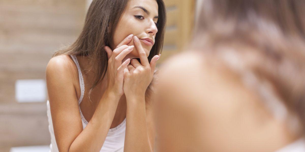 Sposoby na blizny i przebarwienia po trądziku
