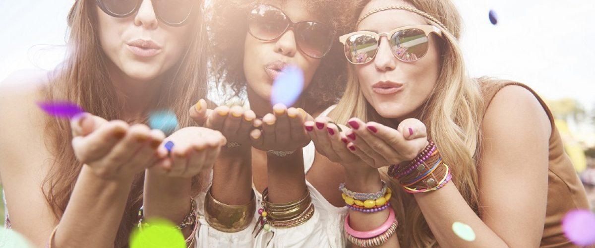 Nowa kolekcja hi vibes od hi hybrid – zainspiruj się wakacyjnymi stylizacjami paznokci!