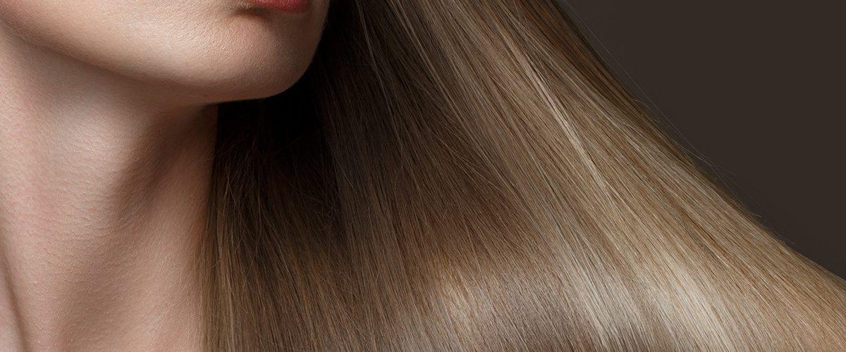 Laminowanie włosów siemieniem lnianym – domowy zabieg za kilka złotych, który daje świetny efekt!