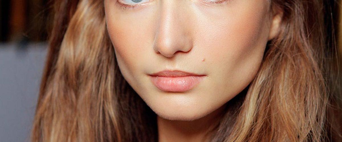 "Jak zrobić makijaż typu ""no make-up""?"