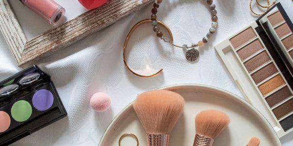 KillyS Sakura Beauty – wyjątkowe pędzle i gąbeczki do makijażu jużw Rossmannie!