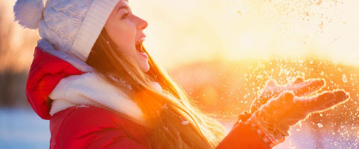 Zabiegi kosmetyczne zimą – które warto wykonać o tej porze roku?